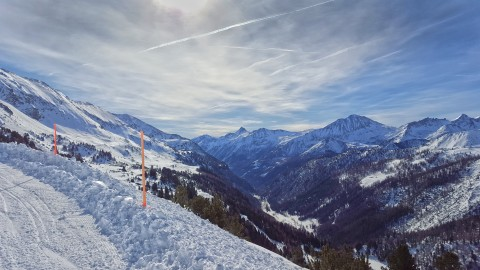 Ski-route and view of the peaks of the Alps